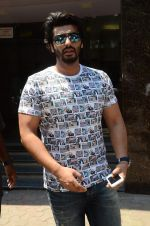 Arjun Kapoor snapped in Mumbai on 17th March 2016