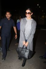 Deepika Padukone returns from Toronto on 17th March 2016