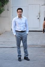 Emraan Hashmi snapped at Azhar photoshoot on 17th March 2016 (47)_56ebe9288e8bd.JPG