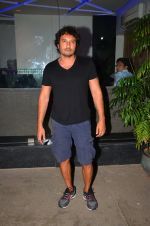 Homi Adajania at sidharth Malhotra_s screening for kapoor n sons on 17th March 2016 (9)_56ebec9f9a3b5.JPG