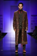 Model walk the ramp for Annaika Show at AIFW Day 2 on 17th March 2016 (18)_56eb9913e3046.jpg