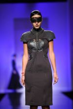 Model walk the ramp for Annaika Show at AIFW Day 2 on 17th March 2016 (4)_56eb98f28c57b.jpg