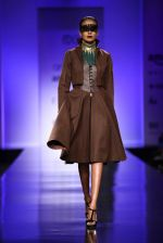 Model walk the ramp for Annaika Show at AIFW Day 2 on 17th March 2016 (6)_56eb98f7bd98e.jpg