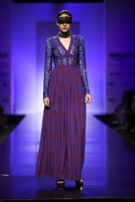 Model walk the ramp for Annaika Show at AIFW Day 2 on 17th March 2016 (7)_56eb98fd30b23.jpg