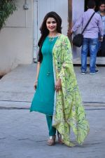 Prachi Desai snapped at Azhar photoshoot on 17th March 2016 (36)_56ebe99867b50.JPG