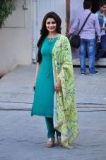 Prachi Desai snapped at Azhar photoshoot on 17th March 2016 (37)_56ebe9999c9c0.JPG