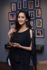 Chahat Khanna at Nidhi Munim_s swimwear launch at Amy Billimoria on 18th March 2016 (23)_56ed42f4a886a.JPG