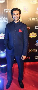 Kartik Aryan at TOIFA Red Carpet 18 March - Dubai International Stadium, Dubai Sports City