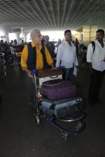 Naseeruddin Shah snapped at airport on 18th March 2016 (24)_56ed4068266fc.JPG