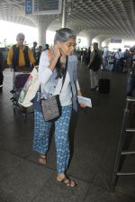 Naseeruddin Shah, Ratna Pathak Shah snapped at airport on 18th March 2016