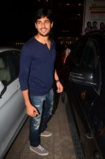 Sidharth Malhotra at Kapoor n Sons promotions on 18th March 2016 (103)_56ed44d9ce886.JPG