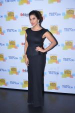 Sophie Choudry at Trends Realty Icons Awards on 18th March 2016 (36)_56ed443edcf20.JPG