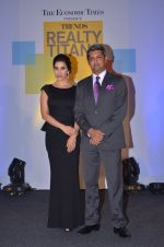 Sophie Choudry at Trends Realty Icons Awards on 18th March 2016 (46)_56ed445031dde.JPG