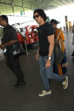 Farhan AKhtar snapped at airport on 20th March 2016