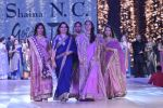 Manisha Koirala walk the ramp for Shaina NC_s show at CPAA Fevicol SHOW on 20th March 2016 (83)_56f004b111c59.JPG