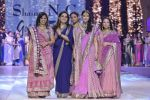 Manisha Koirala walk the ramp for Shaina NC_s show at CPAA Fevicol SHOW on 20th March 2016 (89)_56f004d35864f.JPG