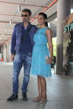 Mugdha Godse, Rahul Dev snapped at airport on 20th March 2016 (55)_56efc00c06a8b.JPG