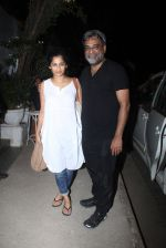 R Balki, Gauri Shinde snapped post dinner at Olive in Bandra on 20th March 2016 (4)_56efbefa0fc55.JPG