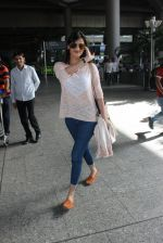 Sonal Chauhan snapped at airport on 19th March 2016