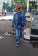 Sonu Nigam snapped at airport on 20th March 2016