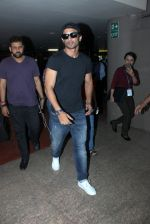 Sushant Singh Rajput snapped at airport on 20th March 2016