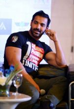 John Abraham promote Rocky Handsome in Delhi on 21st March 2016 (67)_56f0f348eb135.JPG