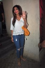 Shilpa Shetty snapped with family at pvr on 21st March 2016 (11)_56f0f2e32c6b2.JPG