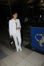 Simi Garewal snapped at airport on 21st March 2016