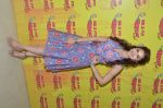 Tara Berry at radio mirchi studio to promote their film on 21st March 2016 (8)_56f0e7f4beee5.JPG
