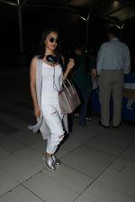 Kiara Advani snapped at airport on 23rd March 2016