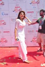 Jacqueline Fernandez at Zoom Holi celebration on 24th March 2016