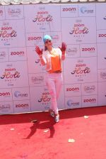 Urvashi Rautela at Zoom Holi celebration on 24th March 2016