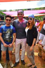 at Meet Brothers Holi Bash on 24th March 2016 (43)_56f51acd2c273.JPG