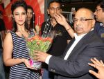 Ileana D_cruz inaugurated Reliance Trends Store at infinity 2, Malad, Mumbai.2