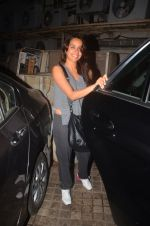 Shraddha Kapoor snapped in Mumbai on 25th March 2016 (9)_56f6898505521.JPG