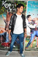 Sidharth Malhotra at Kapoor and Sons Success Meet on 25th March 2016 (170)_56f68f4297175.JPG