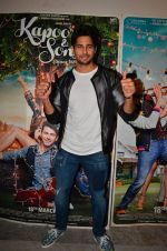 Sidharth Malhotra at Kapoor and Sons Success Meet on 25th March 2016 (172)_56f68f462e0ed.JPG