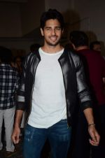 Sidharth Malhotra at Kapoor and Sons Success Meet on 25th March 2016 (68)_56f690342cae8.JPG