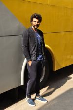 Arjun Kapoor snapped in Mumbai on 26th March 2016