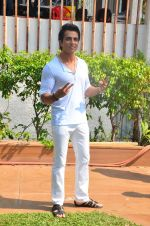 Sonu Sood during the ad shoot of Texmo Pipe Fittings in Mumbai on March 26, 2016 (25)_56f7cfb20e283.JPG