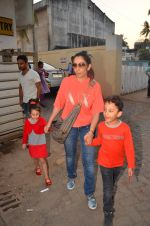 manyata dutt snapped with kids on 27th March 2016