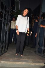 Simi Garewal at bhansali party for national award declare on 28th March 2016 (89)_56fa79a9f2f96.JPG