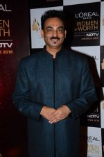 Wendell Rodericks at NDTV Loreal Women of Worth Awards on 28th March 2016 (39)_56fa77db28fd4.JPG