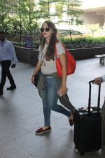 Hazel Keech snapped at airport on 29th March 2016 (33)_56fbaecbac837.JPG