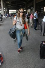 Hazel Keech snapped at airport on 29th March 2016 (36)_56fbaecfaeac1.JPG