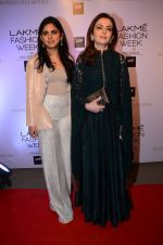 Nita Ambani at Manish malhotra lakme red carpet on 29th March 2016 (52)_56fbc0828939e.JPG
