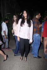 Rhea Kapoor at Manish malhotra lakme red carpet on 29th March 2016 (191)_56fbc0be66979.JPG