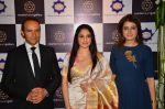 Gracy Singh at art event on 31st March 2016 (4)_56fe18b889fc4.JPG