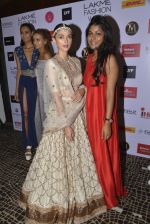 Aditi Rao Hydari walks for Jayanti Reddy Show at LIFW 2016 Day 3 on 1st April 2016 (310)_56ffad20c6584.JPG