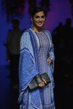 Isha Koppikar at Anita Dongre Show at LIFW 2016 Day 3 on 1st April 2016 (285)_56ffb51fc417c.JPG